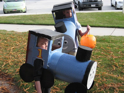 Moms shopping engine finds diy halloween costumes simple diy halloween costumes easy diy halloween costumes easy do it yourself costumes solutioingenieria Image collections