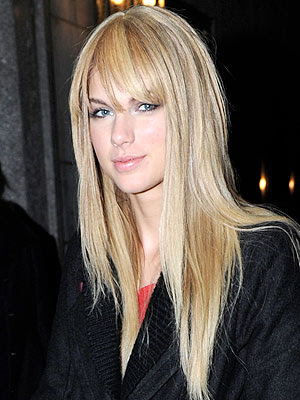taylor swift new bangs