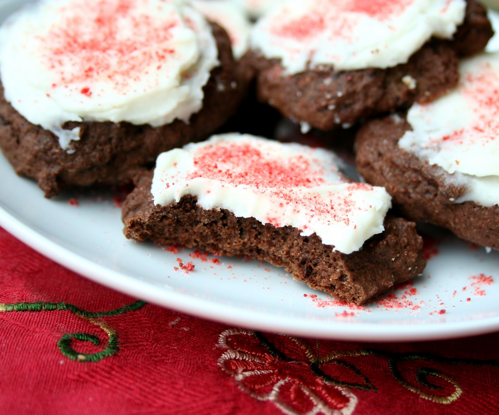 Chocolate Peppermint Cookies – base cookie adapted from Tiana ...