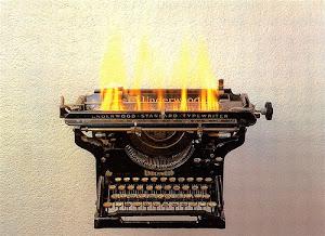 Para escribir tu cuento, poema, frase, etc. Comunicate al E-mail: revistapublicidad@hotmail.com