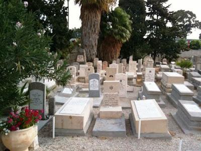 שיפוץ בית העלמין הישן בחיפה