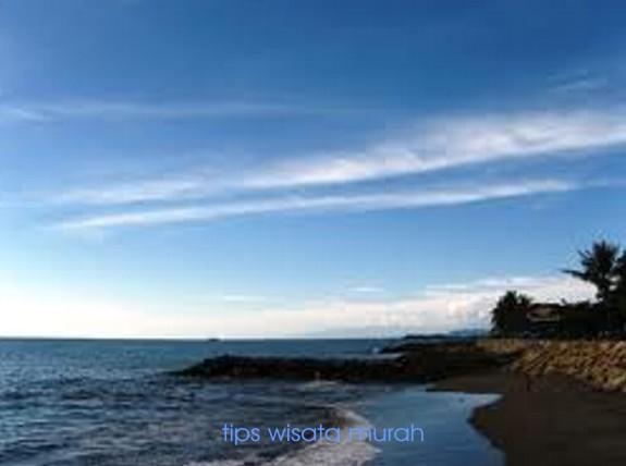 untuk menginap di Pulau Pisang Besar, pengunjung bisa menginap di