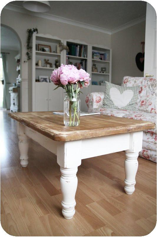 Countrykitty storia di un tavolino - Tavolini per divano ...