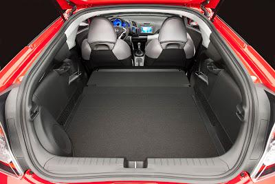 2011 Honda CR-Z Sport Hybrid Coupe Cargo Place