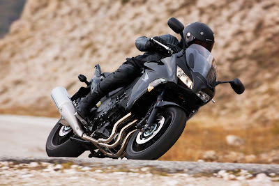 2010 Honda CBF1000 Side Action View