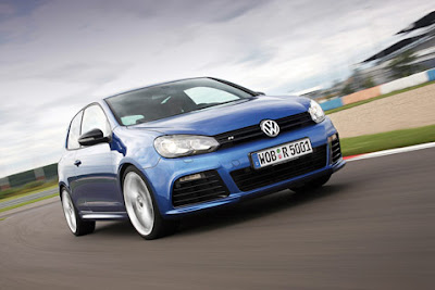 2011 Volkswagen Golf R Car Picture