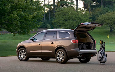 2010 Buick Enclave Rear Side View