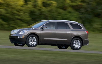 2010 Buick Enclave Side View