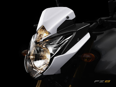 Yamaha FZ8 sportbike new wallpaper