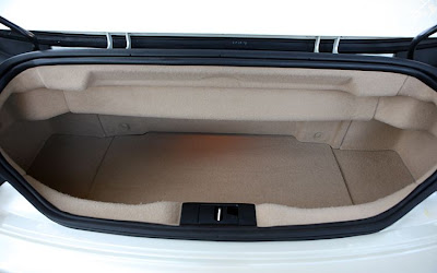 2011 Maserati Granturismo Convertible Trunk View