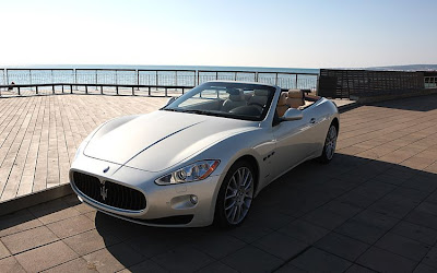2011 Maserati Granturismo Convertible Luxury Car