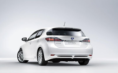2011 Lexus CT 200h Luxury Car