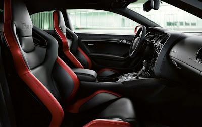 2011 Audi RS 5 Seats