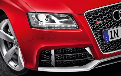 2011 Audi RS 5 Headlight View