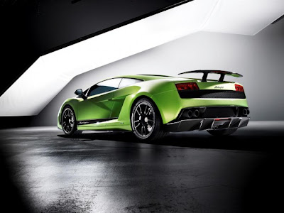 2011 Lamborghini Gallardo LP 570-4 Superleggera Image