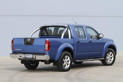 2010 Nissan Navara ST-X Rear Angle View