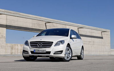 2011 Mercedes-Benz R-Class Car Wallpaper
