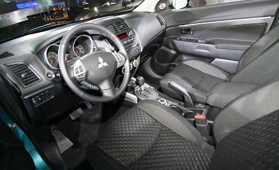 2011 Mitsubishi Outlander Sport Interior