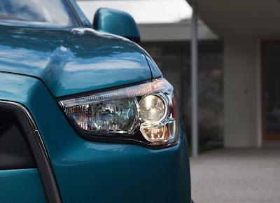 2011 Mitsubishi Outlander Sport Headlight