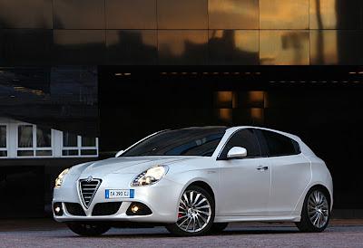 2011 Alfa Romeo Giulietta Elegant Car
