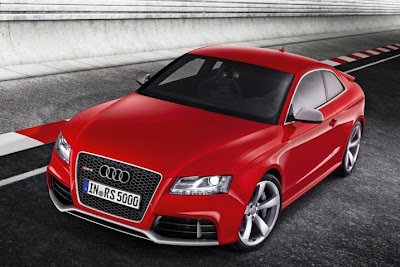 2011 Audi RS5 Official Picture