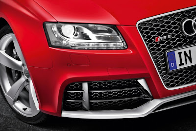 2011 Audi RS5 Headlight