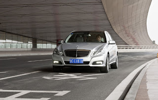 2011 Mercedes-Benz E-Class L Front View
