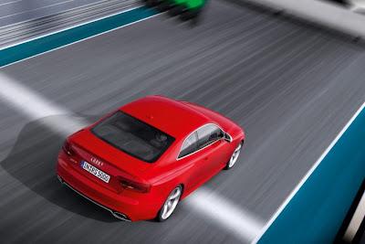 2011 Audi RS5 Overhead