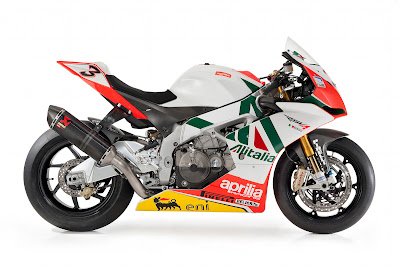 Aprilia RSV4 Max Biaggi Replica Photo