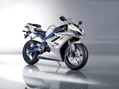 2010 Triumph Daytona 675 SE Top Picture