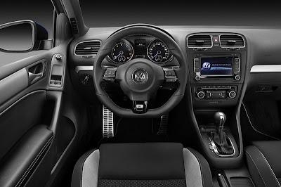2010 Volkswagen Golf R Interior