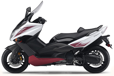 2010 Yamaha T-Max Wallpaper