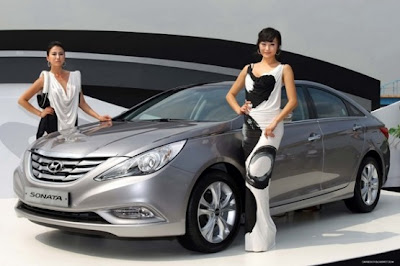 2011 Hyundai Sonata Luxury Car