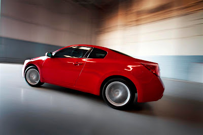 2010 Nissan Altima Coupe Car Wallpaper
