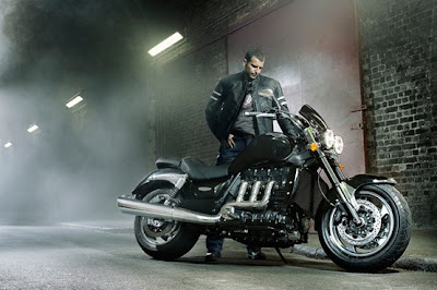 2010 Triumph Rocket III Roadster Wallpaper