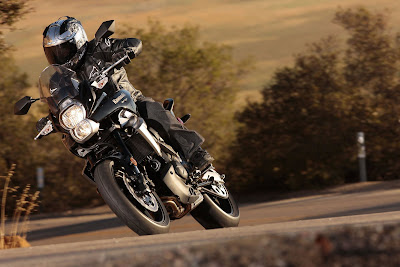 2010 Kawasaki Versys in Action