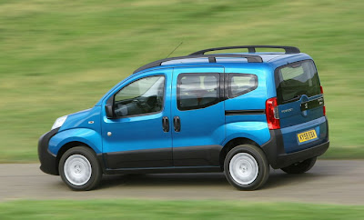 2010 Peugeot Bipper Tepee Side View
