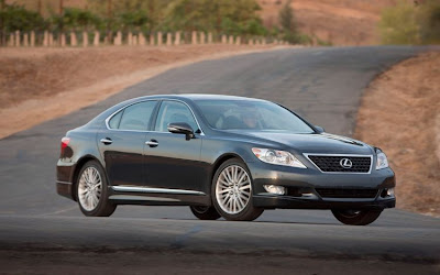 2010 Lexus LS 460 Sport Car Wallpaper