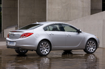 2011 Buick Regal Side View