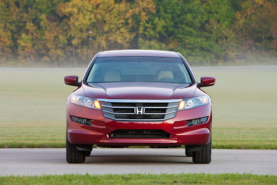 2010 Honda Accord Crosstour Front View