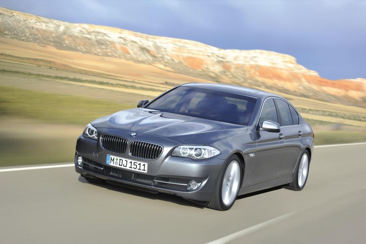 http://1.bp.blogspot.com/_J3_liDBfbvs/Sw0wZIAFmbI/AAAAAAAAQoI/AGH5aRJ-mtQ/s1600/2011-BMW-5-Series-Car-Wallpaper.jpg