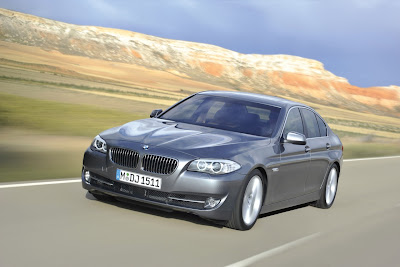 2011 BMW 5-Series Car Wallpaper