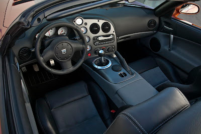 2010 Dodge Viper SRT10 Interior