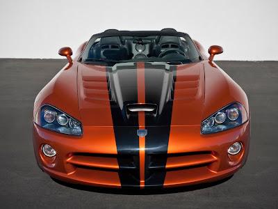 2010 Dodge Viper SRT10 Front View
