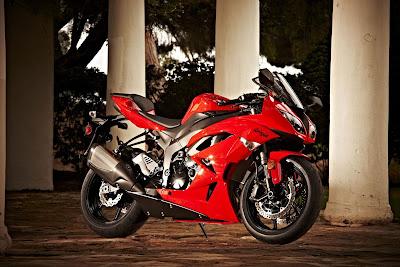 2010 Kawasaki Ninja ZX-6R Sport Bike
