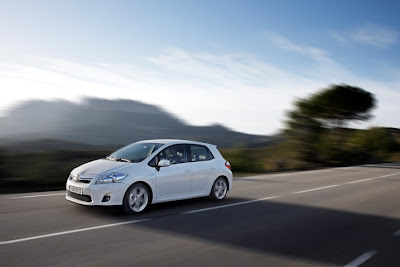 2011 Toyota Auris Hybrid Photo