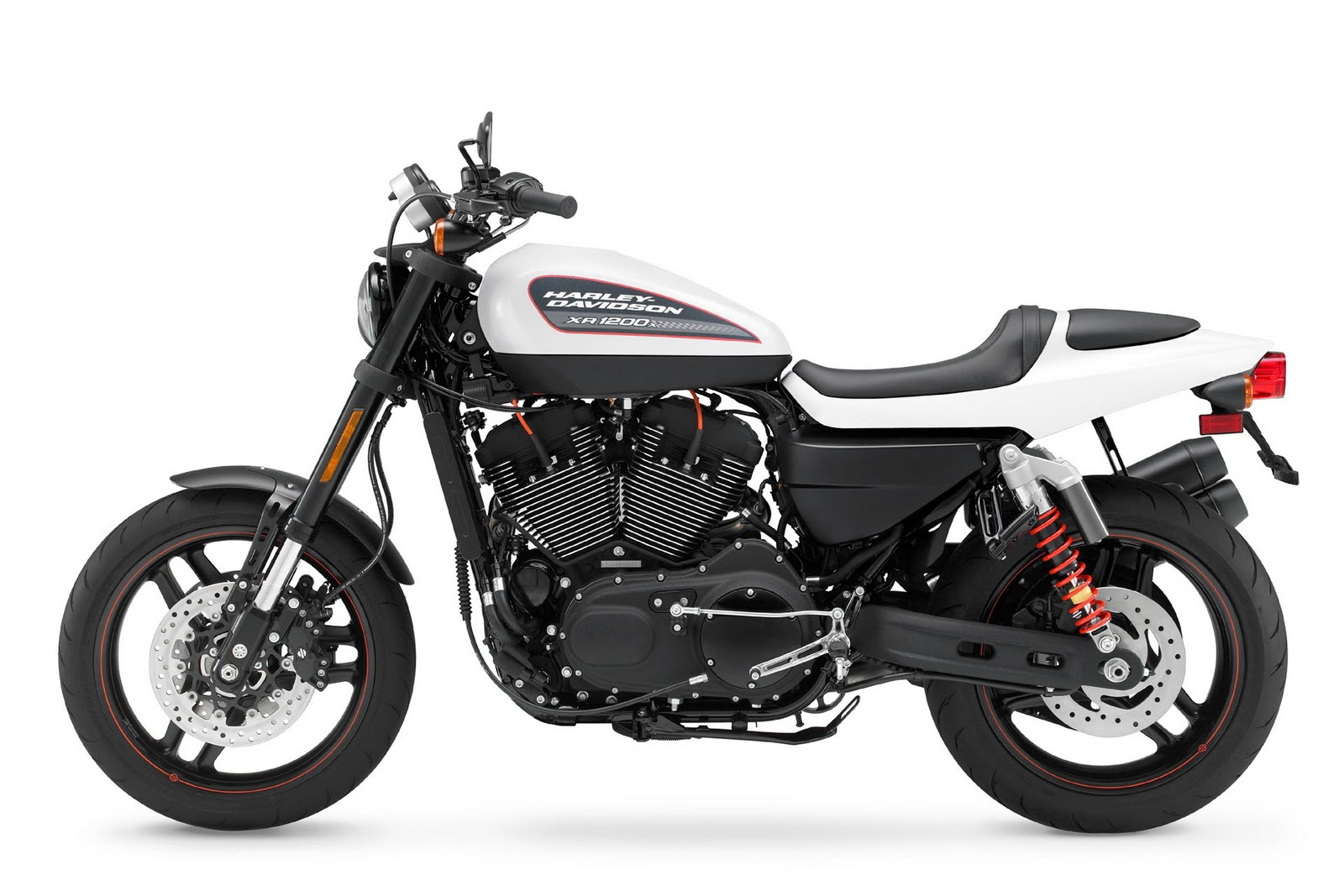 http://1.bp.blogspot.com/_J3_liDBfbvs/TBWwE34iA-I/AAAAAAAAteE/W-_UIfm6uig/s1600/2011-Harley-Davidson-XR1200X-Images.jpg