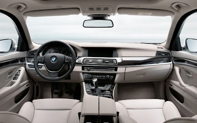 2011 BMW 5 Series Touring Interior View