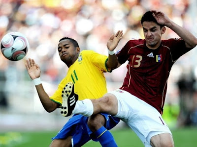 Robinho World Cup 2010 Football Wallpaper