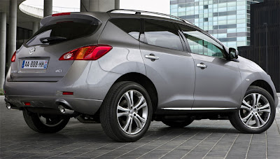 2011 Nissan Murano Diesel Rear Angle View